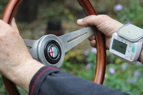 כך מודדים קשישים את רמת התלהבותם מהאוטו