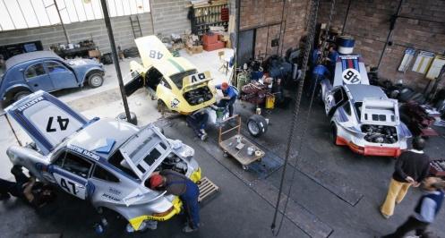 Porsches  911 et 2CV
