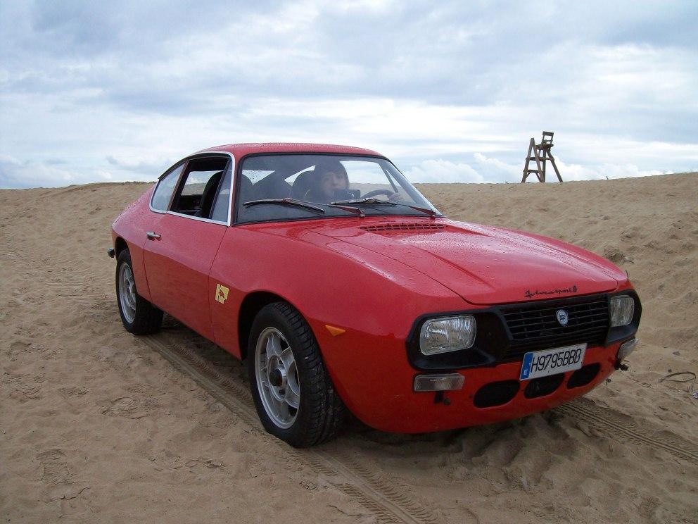 La Lancia Fulvia è unautomobile prodotta dalla casa automobilistica torinese Lancia dal 1963 al 1976 nel nuovo stabilimento di Chivasso con 3 tipi di carrozzeria