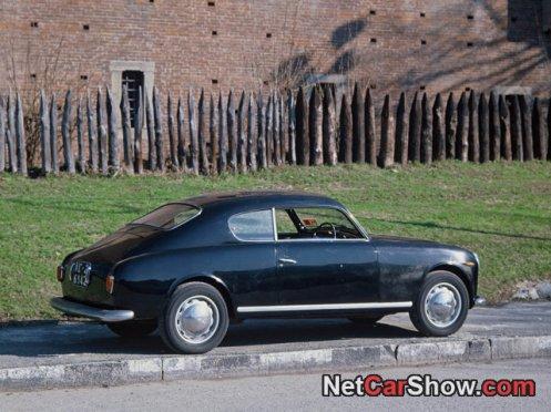 Aurelia b20 GT la profile