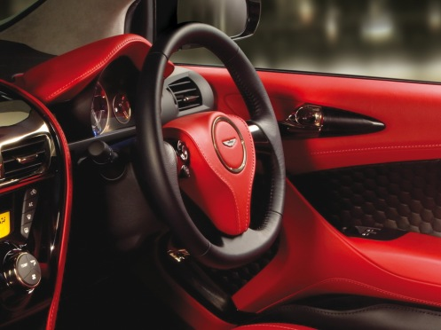 iQ Aston Martin Cygnet 3