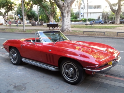 corvette from blv Rotchild