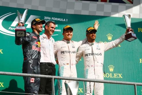Spa podium