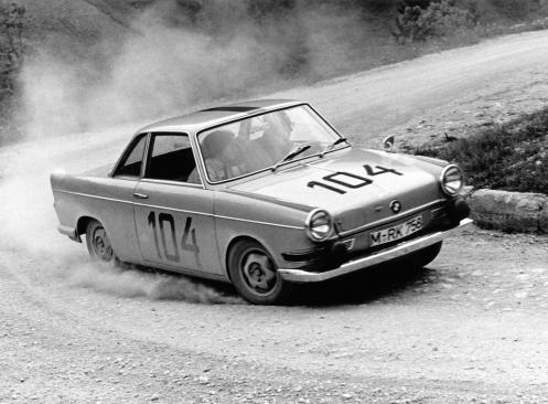 BMW 700 CS rally